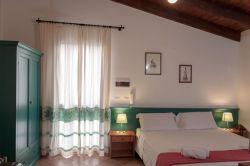 Sardinië / Noord-West / Mirto (Monte Sixeri)