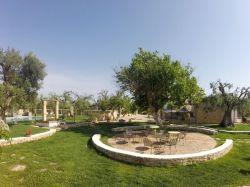 Puglia / Centraal / La Corte dei Trulli
