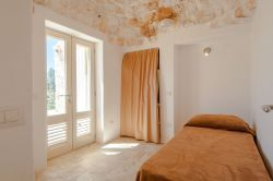 Puglia / Centraal / Trulli Tra Pietre