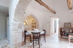 Puglia / Centraal / Trulli Prima Pietra