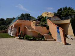 Abruzzo / Centraal / Agriturismo Rifugiomare