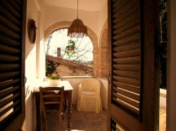 Lazio & Rome / Sabina / New Castle (Vallerosa)