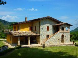 Abruzzo / Noord / Villa Civitella